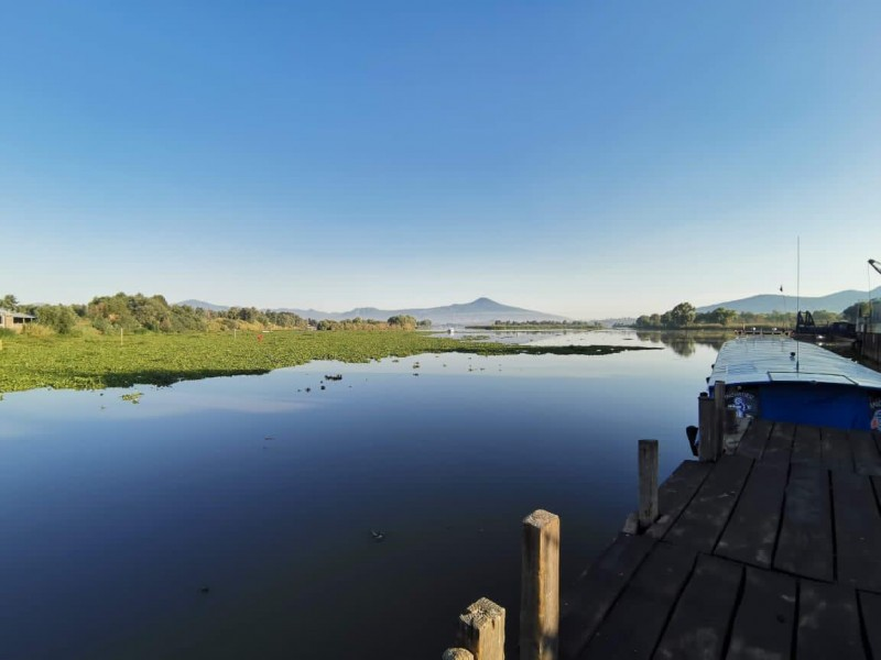 Restringidos accesos a embarcaderos e islas de la zona lacustre