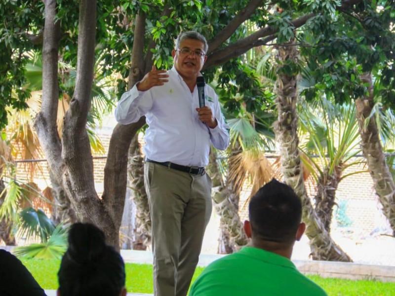 Retienen ilegalmente al candidato Juan Antonio Magaña en Los Reyes