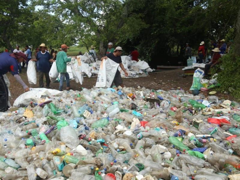 Retiran 14 toneladas de basura en Río Blanco