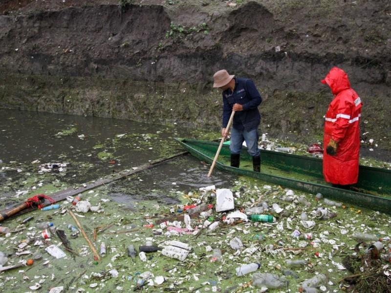 Retiran 154 toneladas de basura de caneles del Edomex