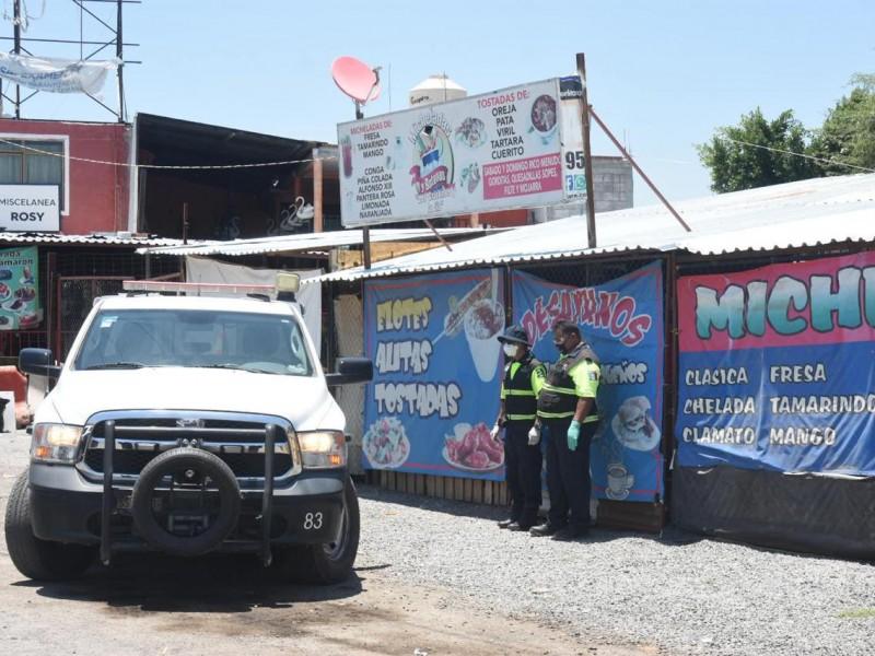 Retiran a 750 personas en Mompaní por omitir contingencia