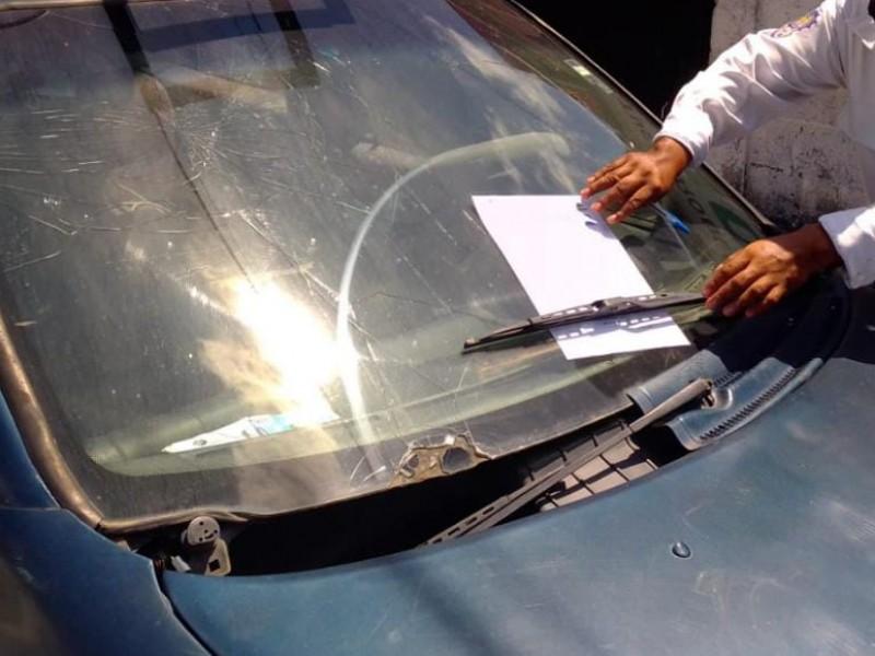 Retiran Autos Macetas de las calles de Tuxpan