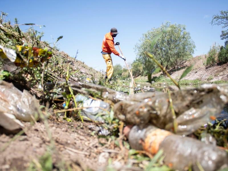 Retiran más de mil 28 toneladas de basura en drenes