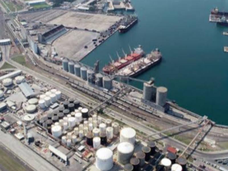 Retiro de concesión del puerto inminente militarización: Especialista