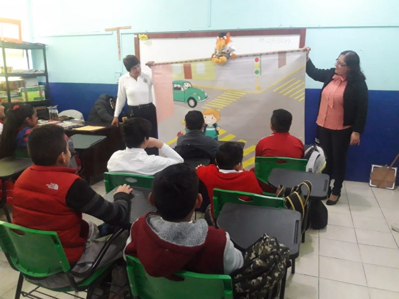 Retoman cursos de educación vial para niños