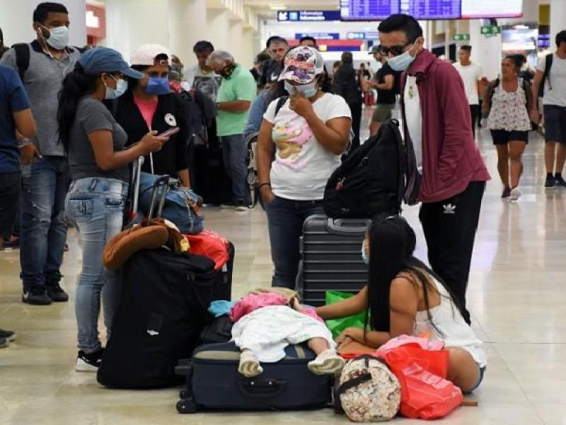 Retornan 91 mexicanos que estaban varados en Brasil