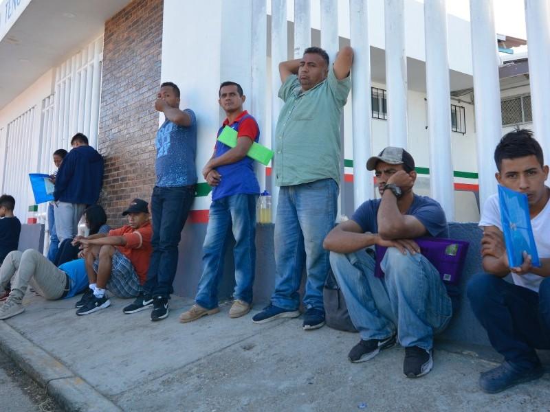 Reubican a refugiados de Tapachula a otros estados del país