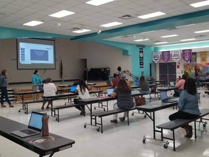 Revisa Distrito escolar en Nogales, Arizona regreso a clases presencial