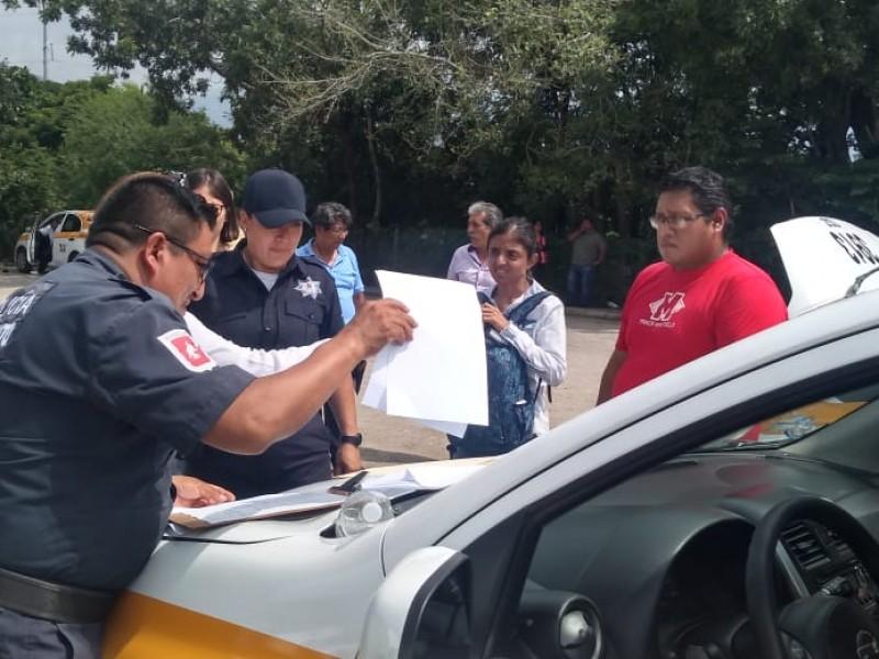 Revisión a taxis irregulares en espera de concesiones