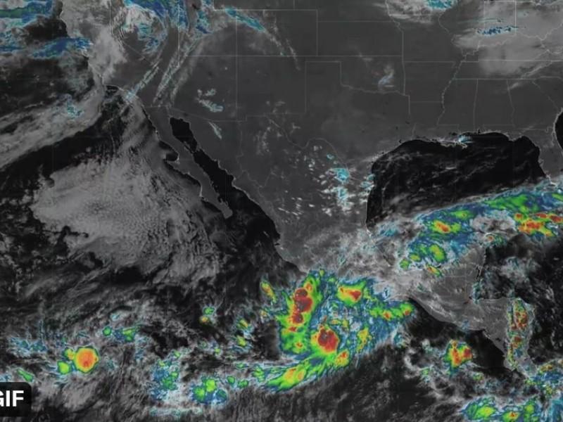 Rick evoluciona a Huracán; pronostican fuertes lluvias en Michoacán