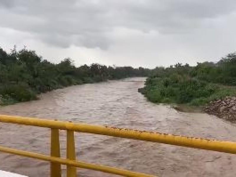 Avanza Rick por Michoacán; se degrada a categoría I