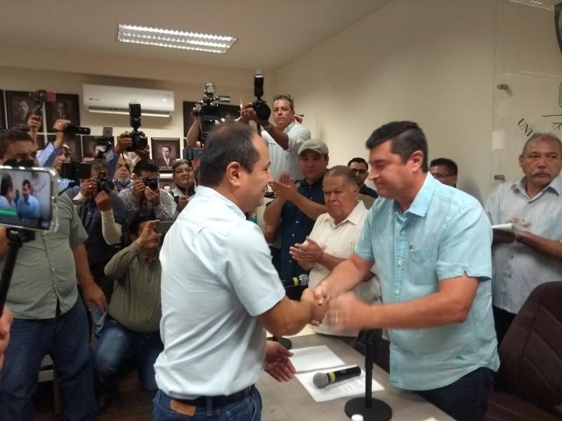 Rinde protesta Luis Felipe Villegas como gerente JAPAMA