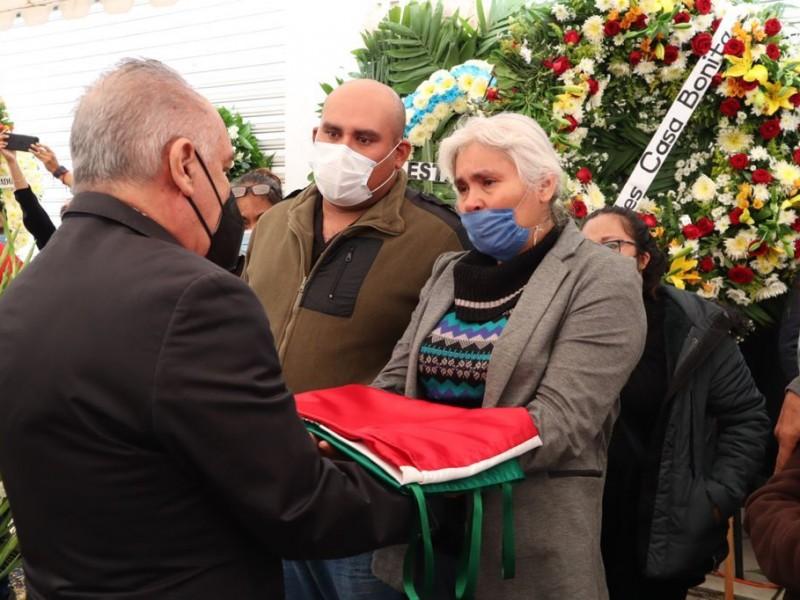 Rinden homenaje al Comandante Porras de la Policía Vial