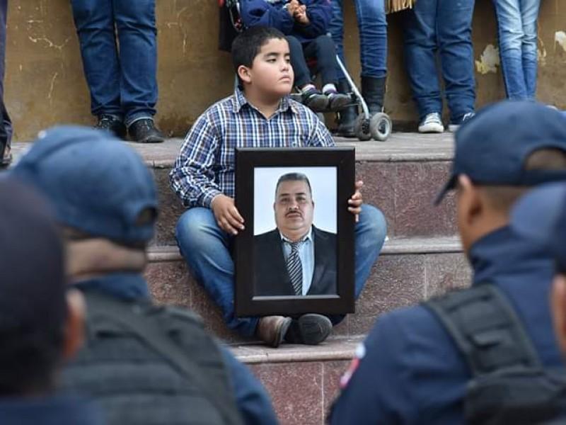 Rinden homenaje a mando policial asesinado en Valparaíso