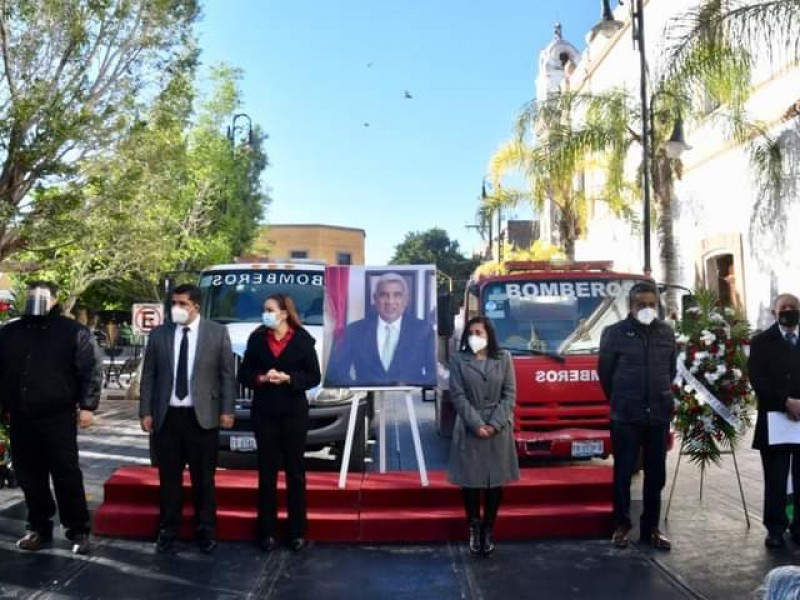 Rinden homenaje póstumo a Vicente García Ramírez