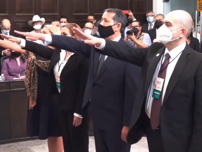 Rinden protesta cuatro integrantes del gabinete de Antonio Astiazarán