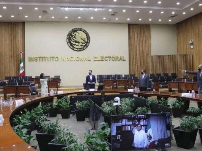 Rinden protesta los 4 nuevos consejeros del INE