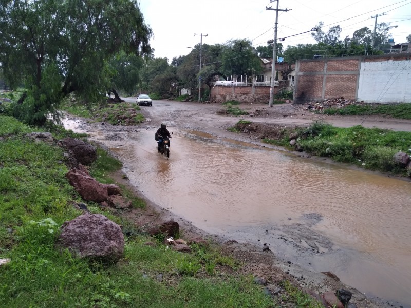 Río de Alfaro requiere infraestructura