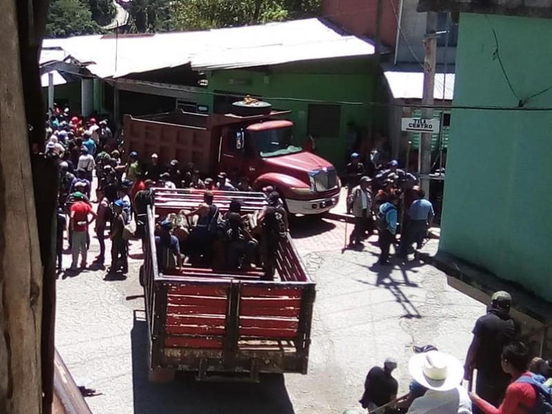 Riña entre pobladores en Tila, situación es tensa
