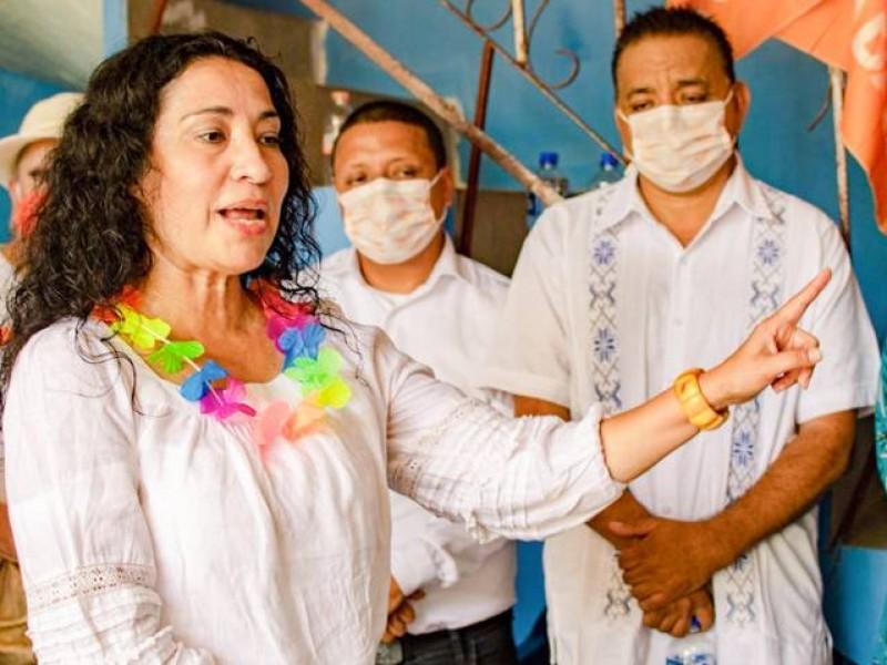 Roban documentos y computadora a candidata de MC en Acapulco