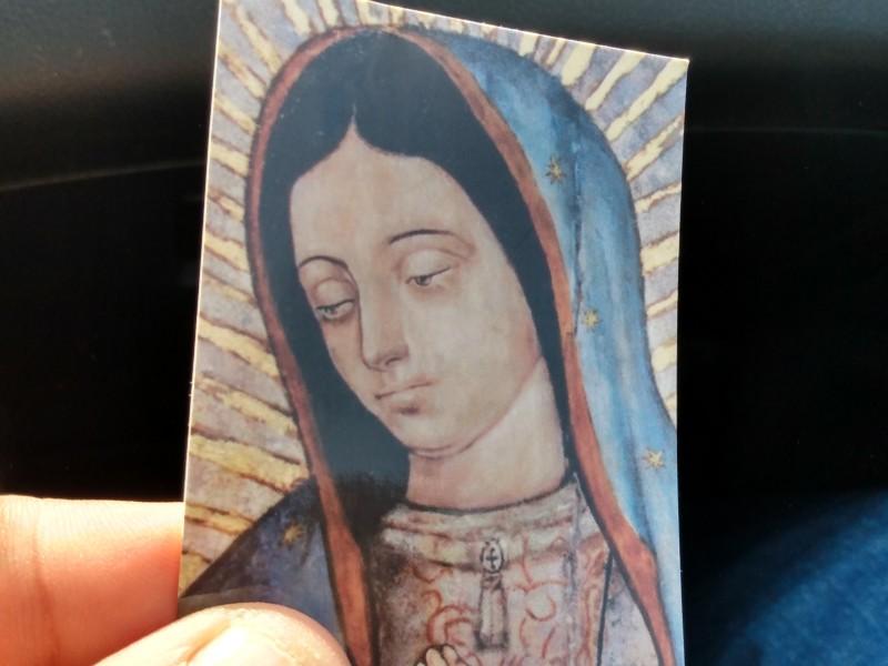 Roban estampillas de la Virgen Guadalupana para lucrar