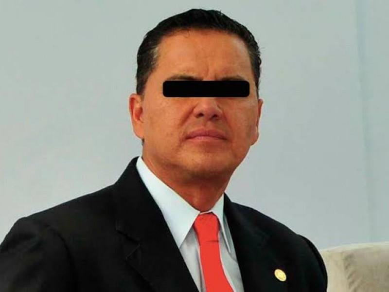 Roberto Sandoval vinculado a proceso por ejercicio indebido de funciones