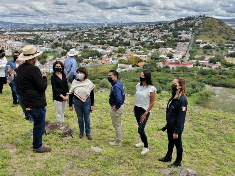 Roberto Sosa Pichardo realiza recorrido en zona arqueológica