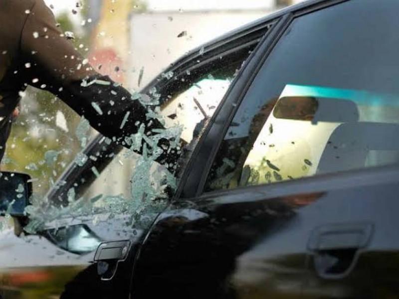 Robo a vehículo y violencia familiar, delitos con mayor incidencia