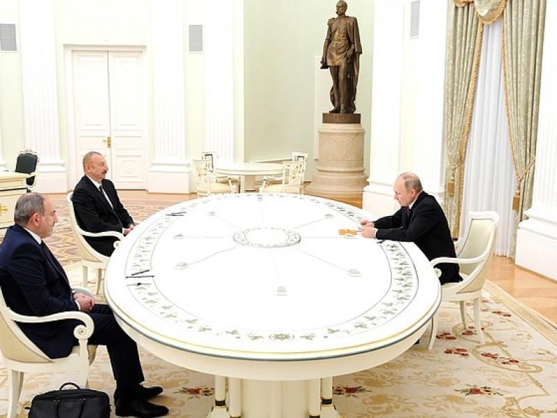 Rusia, Armenia y Azerbaiyán firman declaración conjunta sobre Nagorno Karabaj