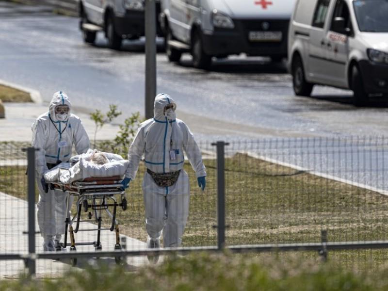 Rusia registra récord diario muertes Covid-19, 820 en 24 horas