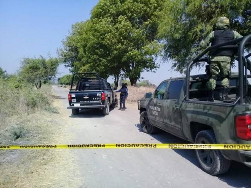 Sábado violento, ejecutan a 2 y encuentran 3 cadáveres