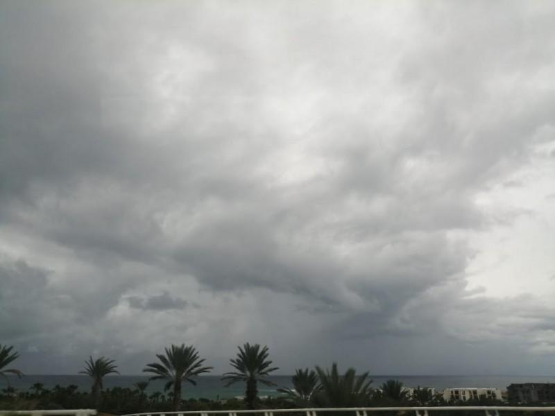 Saldo blanco reportan tras paso del huracán
