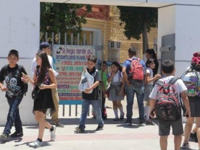 Salen de vacaciones 159 mil estudiantes