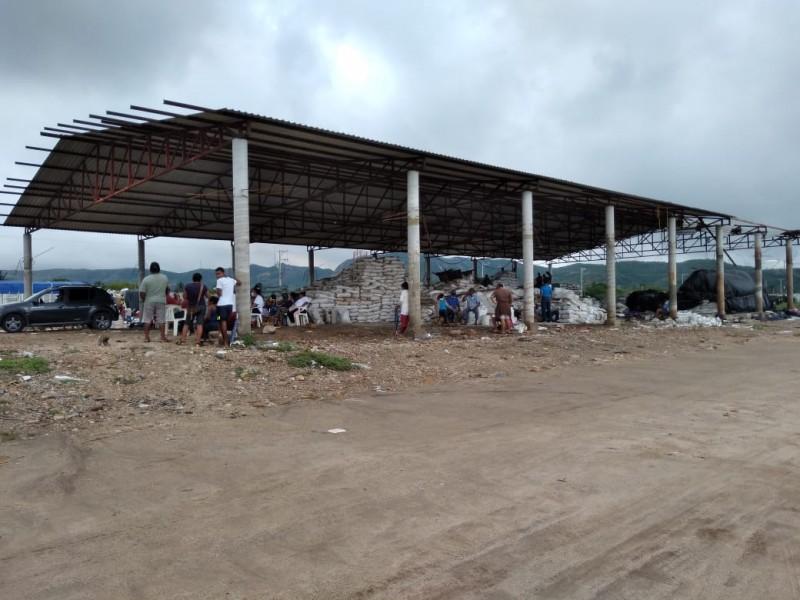 Salineros afectados en espera de diálogo con autoridades estatales