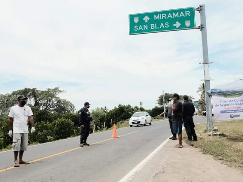 San Blas restringe acceso a visitantes de Tepic y Santiago