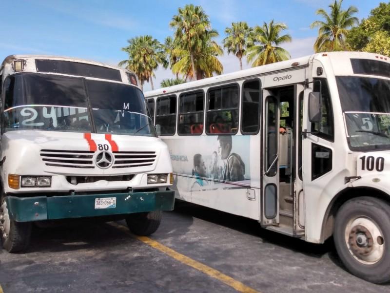 Sancionan 29 choferes de rutas y taxis renuentes a protocolos