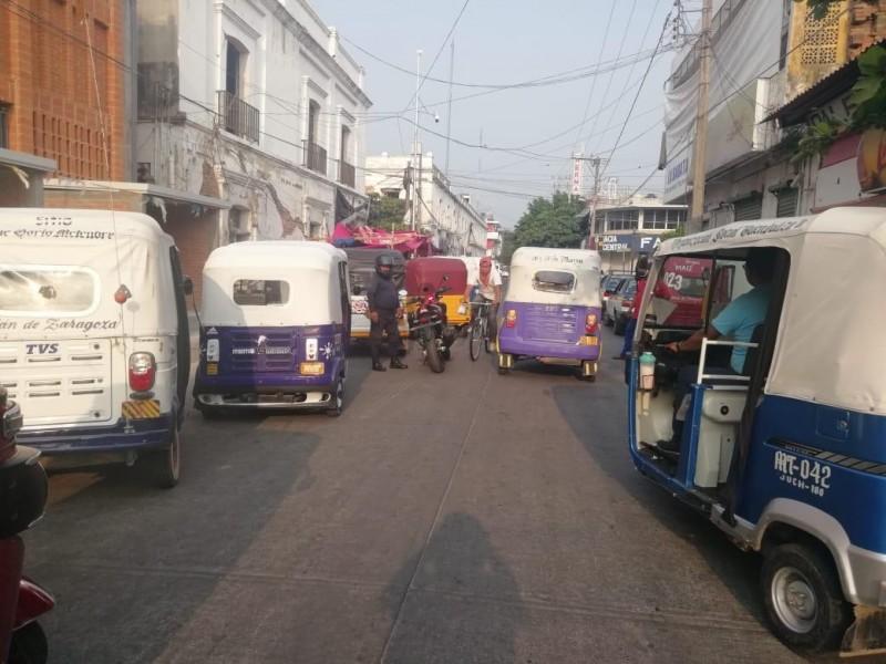 Sancionan a Mototaxis por ingresar al centro