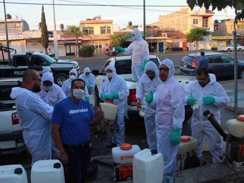 Sanitizan mercados y espacios públicos en Zamora