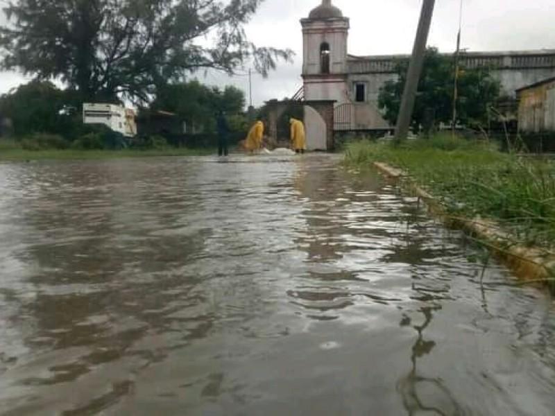 Santa María del Mar se encuentra incomunicada, escasean alimentos