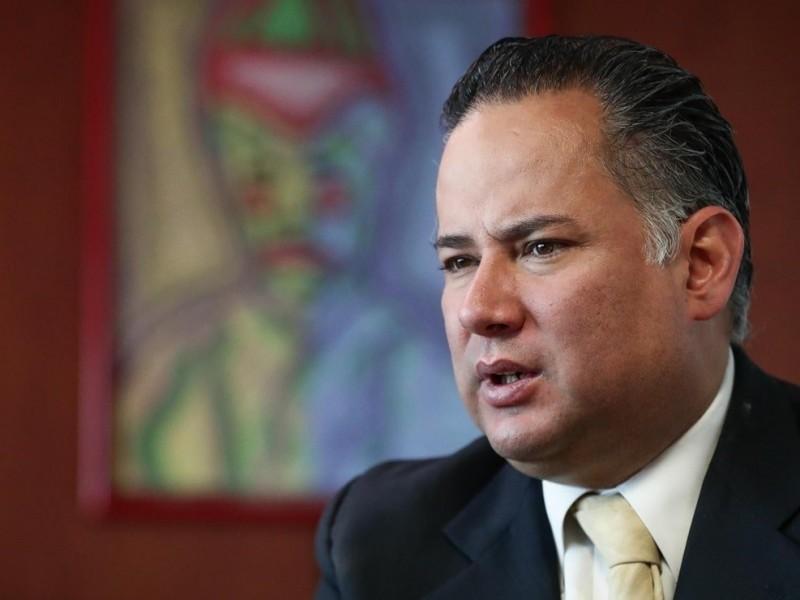 Santiago Nieto, titular de la UIF, da positivo a Covid-19
