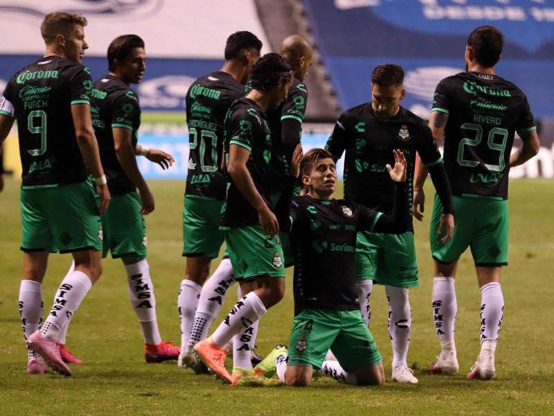Santos vence al Puebla a domicilio