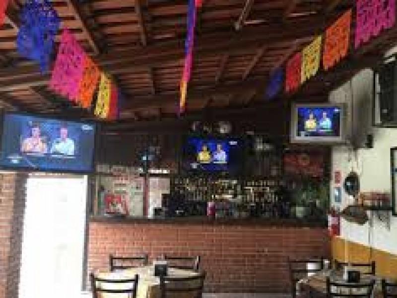 Saquean 6 bares y cantinas en Querétaro