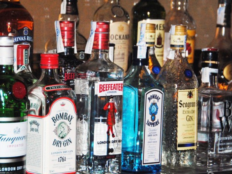 SAT combatirá mercado de bebidas alcohólicas ilegales