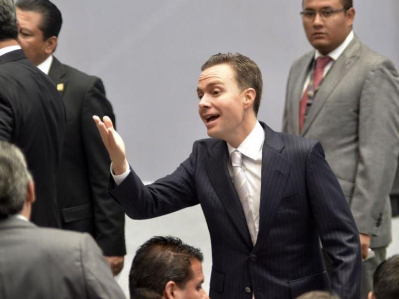 SAT investiga a Velasco, mientras PVEM es clave en Diputados