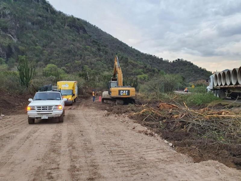 SCT realiza habilitación parcial de carretera federal 190 Oaxaca-Istmo