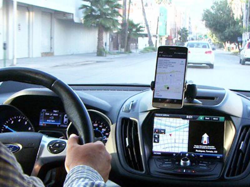 Flexibiliza Coahuila leyes a favor de los Uber