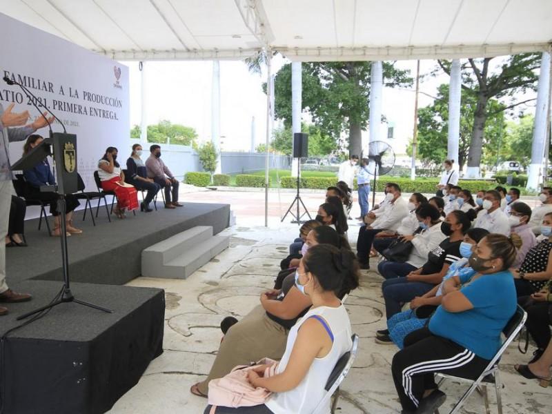 Se beneficia a 8 mil 750 mujeres con proyectos familiares