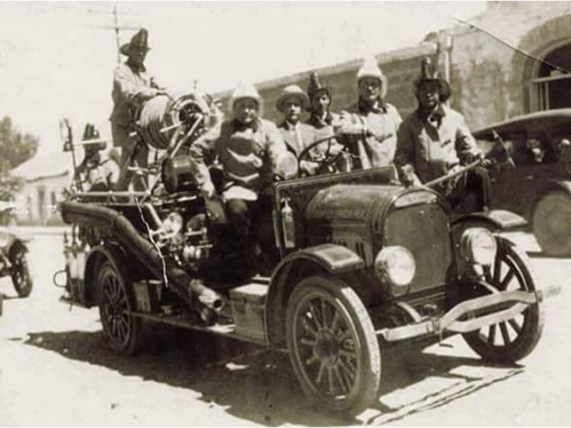 Se conmemoran 103 años del cuerpo de Bomberos en Nogales