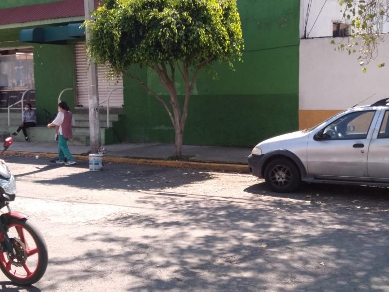 Se convierte en estacionamiento público la avenida Galeana en Tlalnepantla