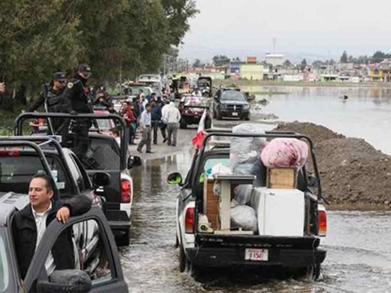 Se desborda río Lerma; miles de afectados